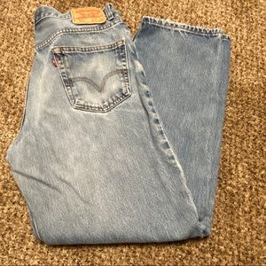 Levi's 550 Relaxed distressed broken in jeans